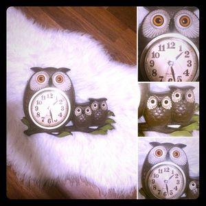 🦋2/$10 3/$15 4/$18 5/$20 Vintage Owl 🦉 Clock